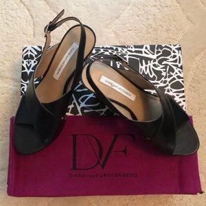 DVF Diane Von Furstenberg Sandals - Size 6